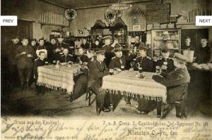Zdjęcie kantyn w koszarach Funka wraz z żołnierzami 151 Pułku Piechoty. Wykonane 1903r. (Pocztówka z prywatnych zbiorów Rafała Bętkowskiego)